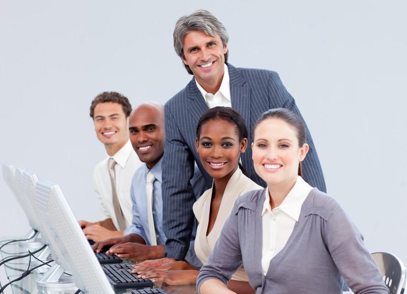 """מנהל מכירות בינלאומי עם יכולת עבודה בחו""""ל ושיווק באינטרנט"""